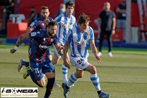 Real Sociedad vs Levante 0h30 ngày 8/3