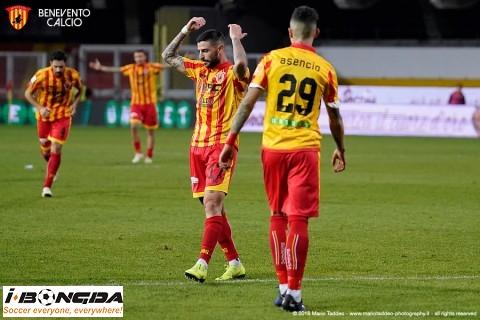 Phân tích Crotone vs Benevento 21h ngày 17/1