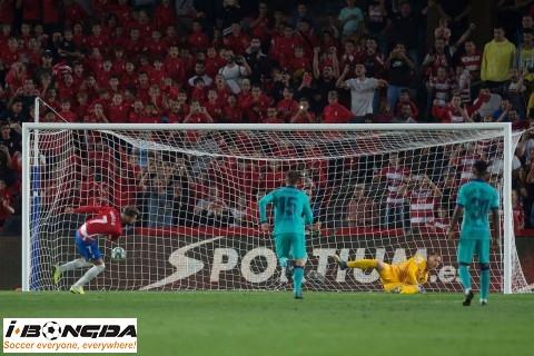 Bóng đá - Granada vs Barcelona 3h ngày 4/2