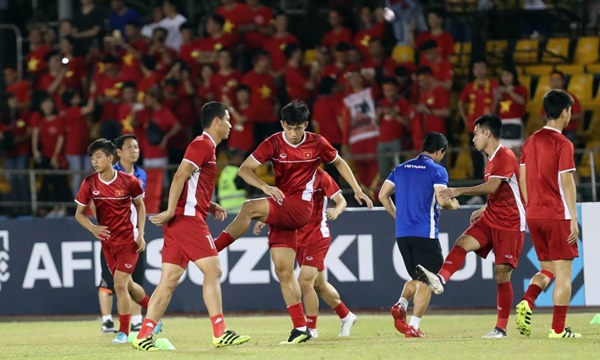Bóng đá - Tường thuật trực tiếp Philippines 1-2 Việt Nam 02/12/2018 (phút 81)