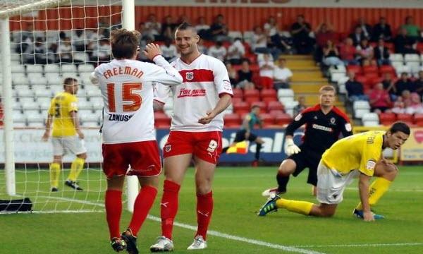 Dự đoán nhận định Stevenage Borough vs Crawley Town 22h00 ngày 12/01