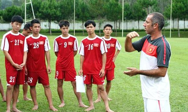 Bóng đá - Dù chưa nắm rõ về đối thủ, U19 Việt Nam vẫn tự tin chiến thắng