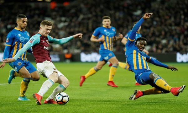Bóng đá - West Ham United vs Brighton & Hove Albion 03/01/2019 02h45