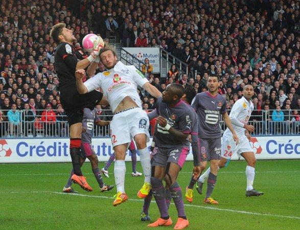 Phân tích Stade Brestois vs Stade Rennais FC 19h ngày 17/1