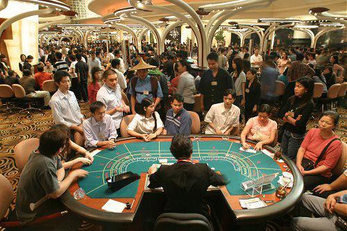 Bóng đá - Mở casino ở Việt Nam, người nhiều tiền sẽ biết tự chủ?