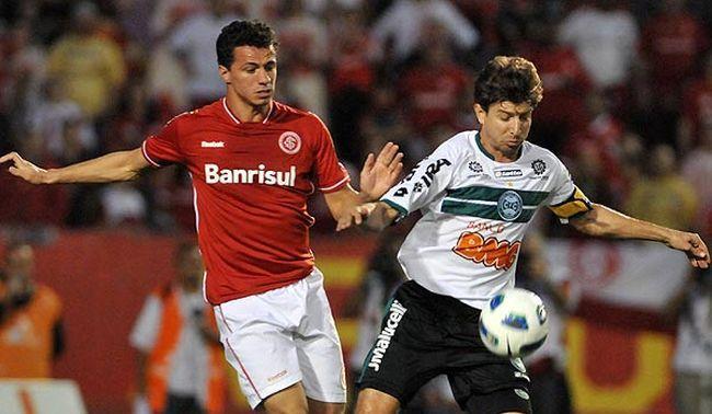 Bóng đá - Internacional (RS) vs Vitoria Salvador BA: 05h30, ngày 13/09