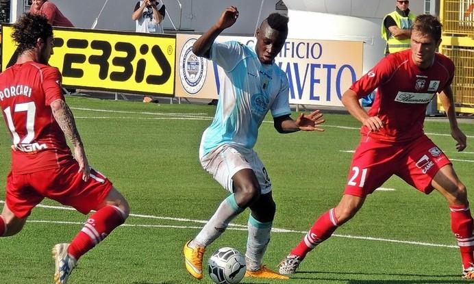 Bóng đá - Crotone vs Pescara 19/02/2019 03h00