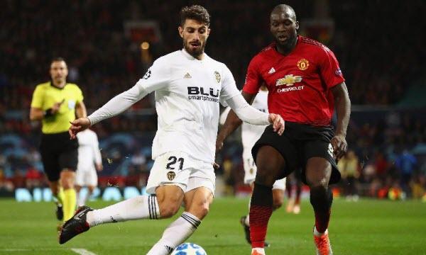 Bóng đá - Valencia vs Manchester United 03h00 ngày 13/12