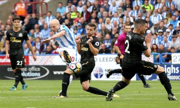 Bóng đá - Newcastle United vs Huddersfield Town 23/02/2019 22h00