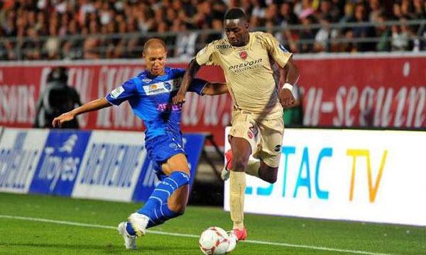 Bóng đá - Valenciennes vs ES Troyes AC 03/04/2020 01h00