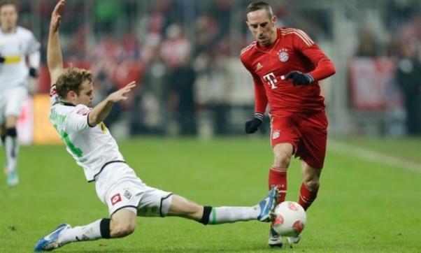 Bóng đá - M'gladbach vs Bayern Munich: 20h30, ngày 18/05