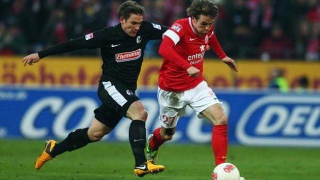 Bóng đá - SC Freiburg vs Mainz: 20h30, ngày 17/08