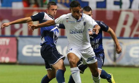 Bóng đá - Auxerre vs Ajaccio 0h ngày 8/8