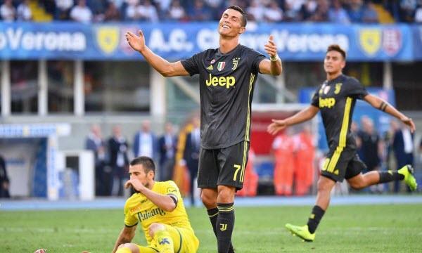 Bóng đá - Juventus vs Chievo 02h30 ngày 22/01
