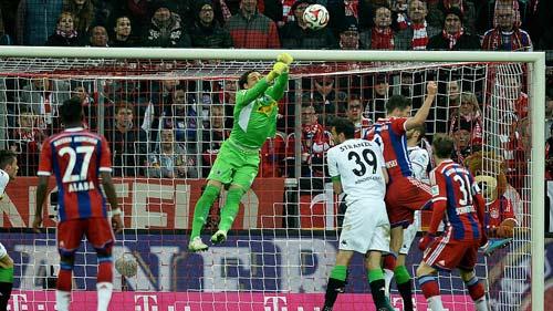 Bóng đá - Bayern 0-2 M'gladbach: Tuyệt đỉnh phản công