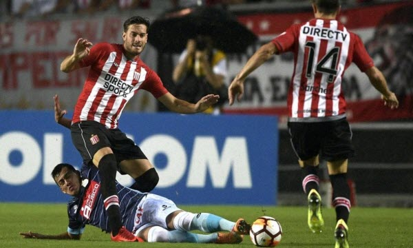 Bóng đá - Santos vs Estudiantes La Plata 07h30, ngày 25/04