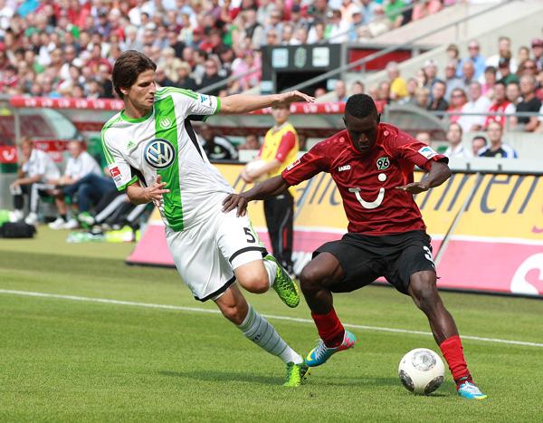 Bóng đá - Wolfsburg vs Hannover 96 (Bundesliga – Vòng 18)