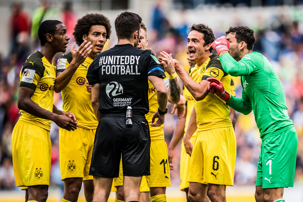 Bóng đá - Nurnberg vs Borussia Dortmund 19/02/2019 02h30