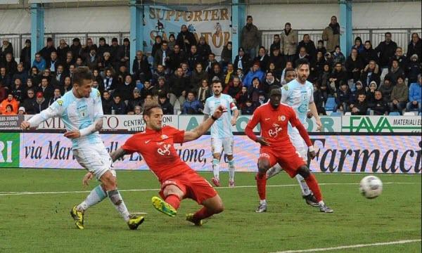 Bóng đá - Bari vs Virtus Entella 02h00, ngày 28/04