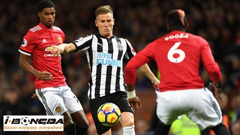 Newcastle United vs Manchester United ngày 03/01