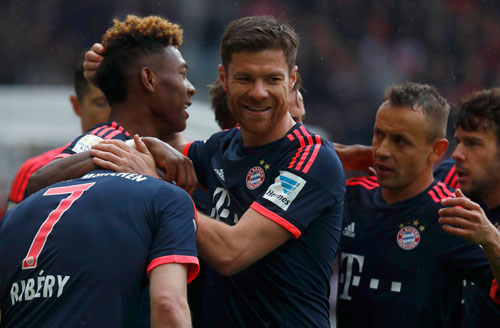 VfB Stuttgart 1 - 3 Bayern Munich (Đức 2015-2016, vòng 29)