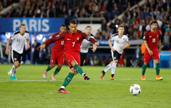 Bồ Đào Nha 0 - 0 Áo (Euro 2014-2016, vòng bảng)